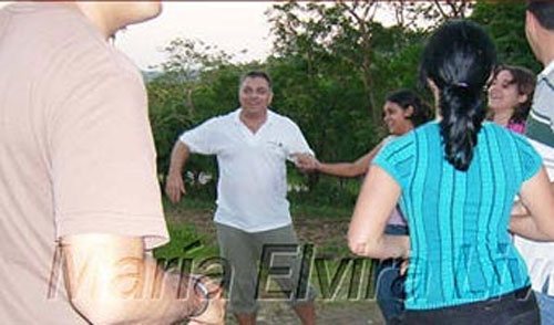 http://www.cubademocraciayvida.org/media/000000000000000/7.jpg