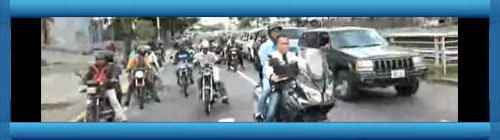 VENEZUELA VIDEO EN VIVO: Caravana de diputados juntos a Guaidó rumbo a la Asamblea Nacional. cubademocraciayvida.org web/folder.asp?folderID=136
