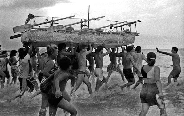 Los cubanos, un pueblo sin tierra. Por el licenciado Rolando Gallardo. cubademocraciayvida.org web/folder.asp?folderID=136